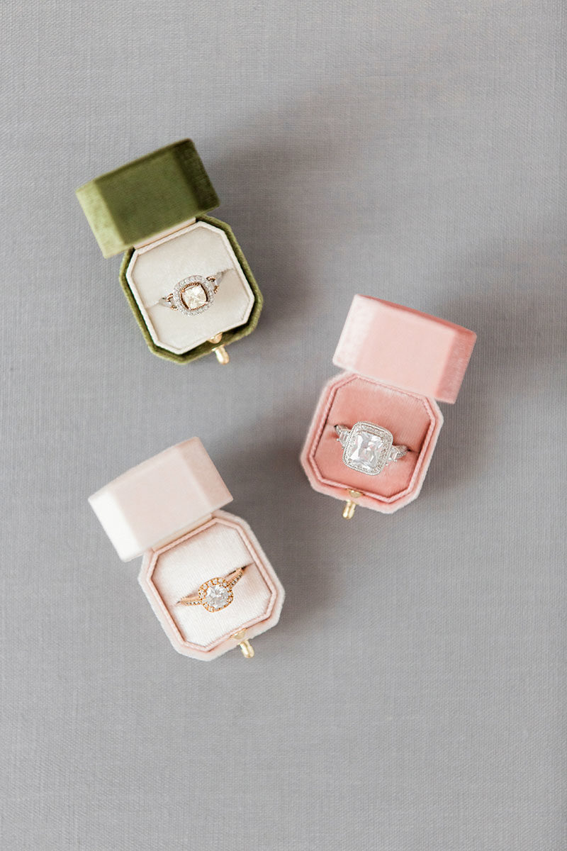 Bark-and-Berry-Moss-Petal-Blush-vintage-wedding-embossed-monogram-octagon-velvet-ring-box-with-lock-001