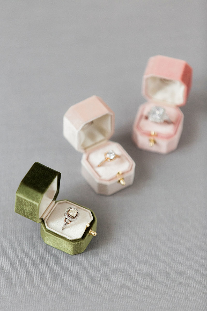 Bark-and-Berry-Moss-Petal-Blush-vintage-wedding-embossed-monogram-octagon-velvet-ring-box-with-lock-002