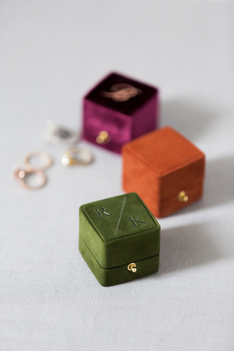 Bark-and-Berry-Plum-Terracotta-Charlotte-vintage-wedding-embossed-double-monogram-velvet-suede-grand-ring-box-001