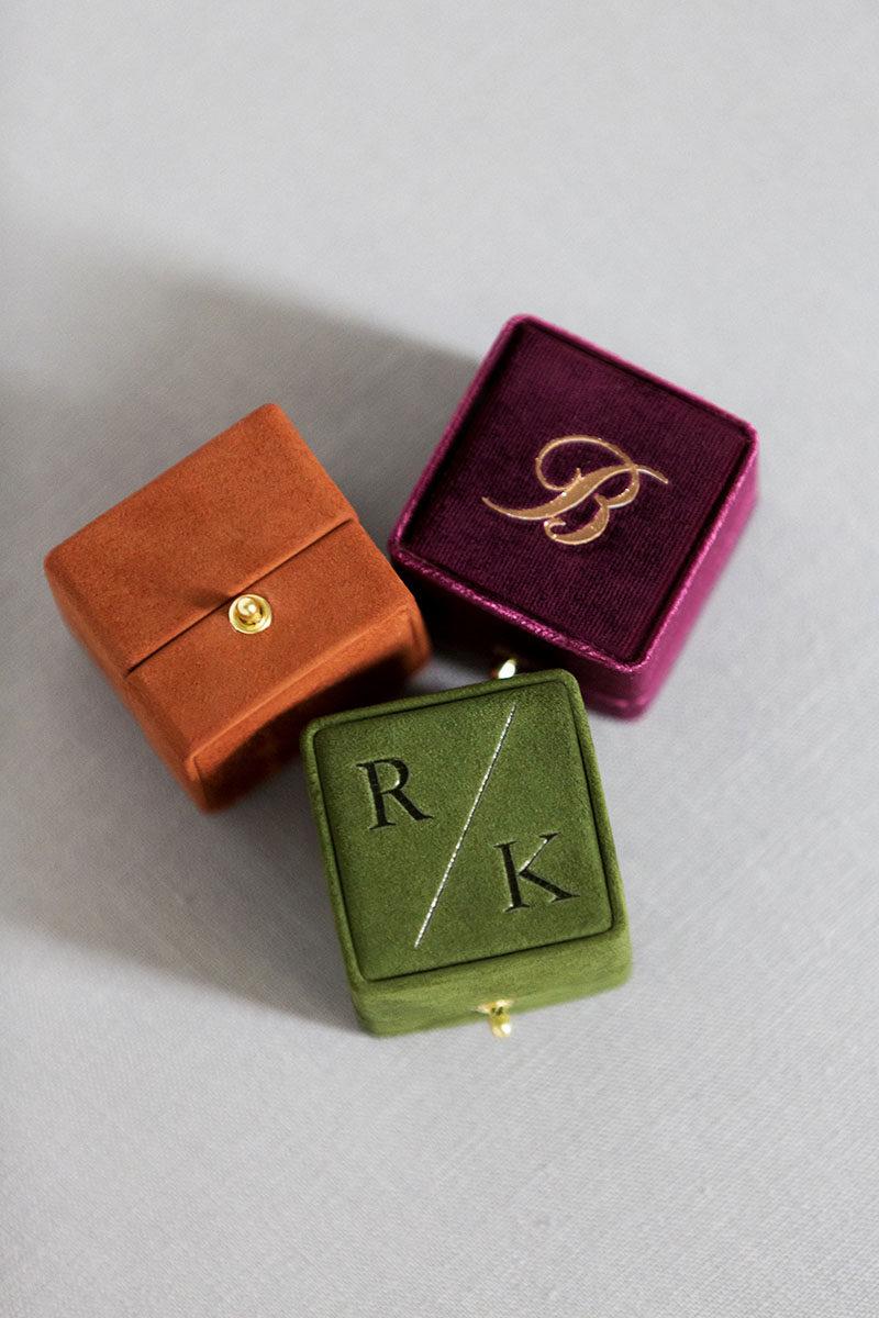 Bark-and-Berry-Plum-Terracotta-Charlotte-vintage-wedding-embossed-double-monogram-velvet-suede-grand-ring-box-002