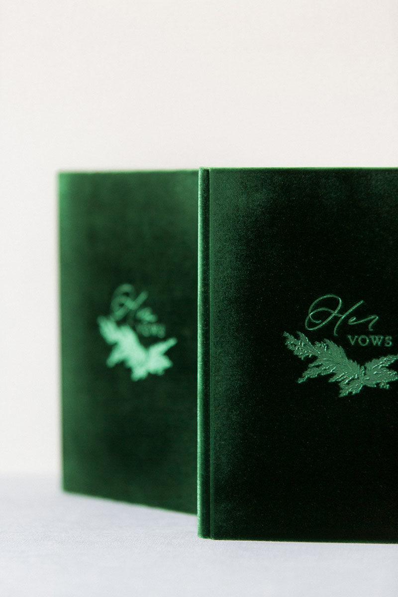 Bark-and-Berry-Eden-vintage-velvet-wedding-embossed-monogram-vows-folder-book-13x18-005
