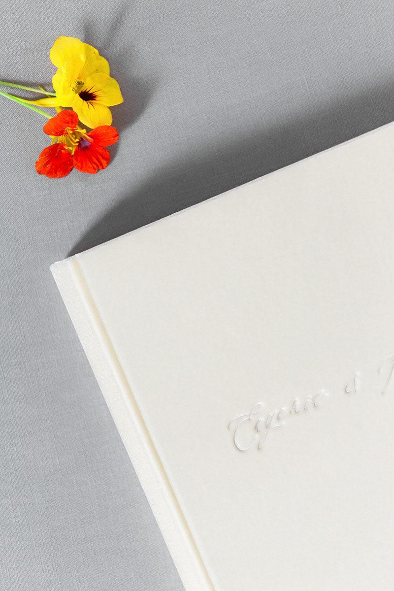 Bark-and-Berry-Ivory-vintage-velvet-wedding-embossed-monogram-guest-book-photoalbum-24x24cm-006