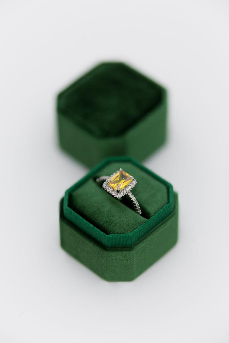 Bark-and-Berry-Petite-Eden-octagon-vintage-wedding-embossed-individual-monogram-velvet-ring-box-001