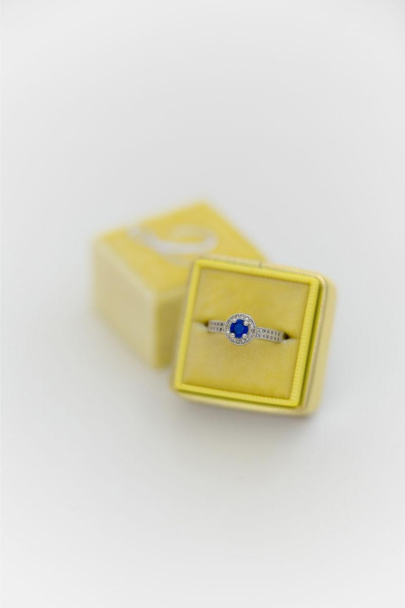 Bark-and-Berry-Canary-Yellow-Gold-single-double-slot-vintage-wedding-embossed-monogram-velvet-leather-ring-box-001