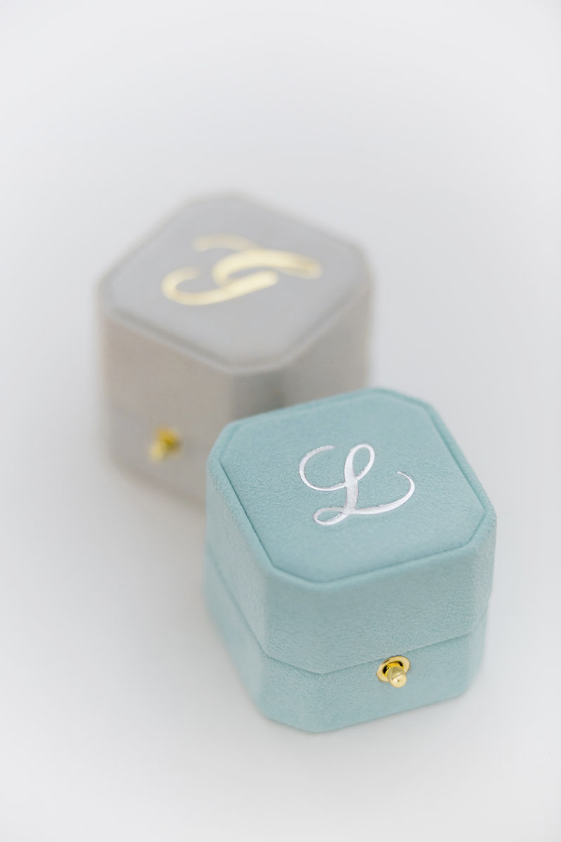 Bark-and-Berry-Grand-Lagune-Cloud-octagon-lock-vintage-wedding-embossed-individual-monogram-velvet-suede-ring-box-001