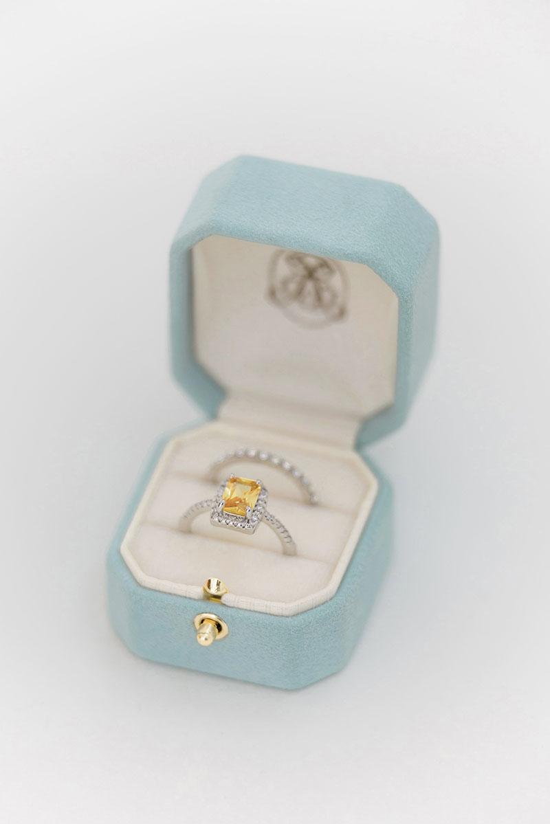Bark-and-Berry-Grand-Lagune-octagon-lock-vintage-wedding-embossed-individual-monogram-velvet-suede-ring-box-001