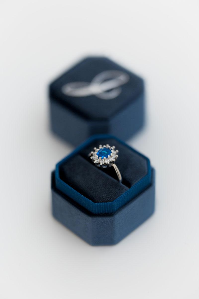 Bark-and-Berry-Petite-Ocean-octagon-vintage-wedding-embossed-individual-monogram-velvet-ring-box-001