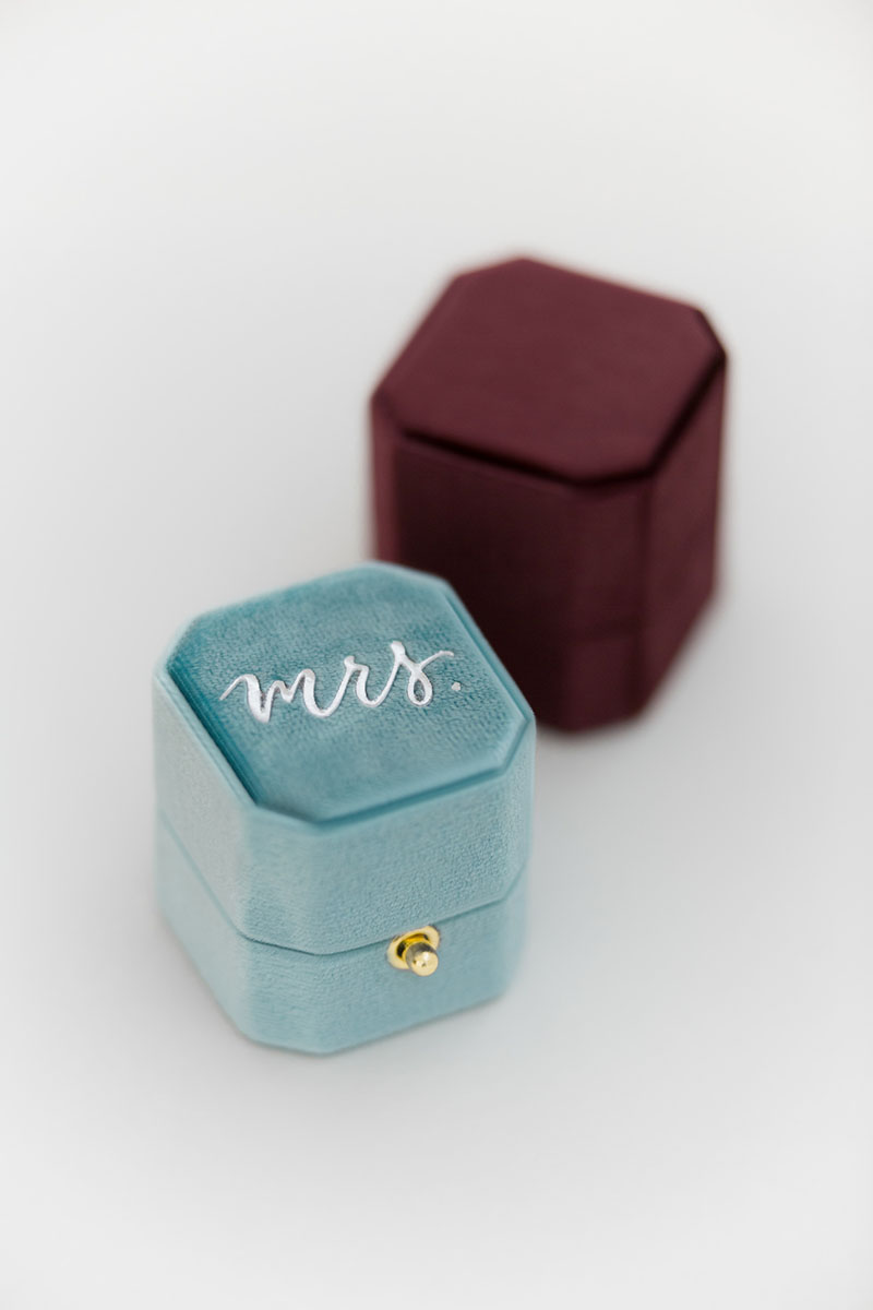 Bark-and-Berry-Island-Prune-vintage-wedding-embossed-monogram-octagon-velvet-ring-box-with-lock-001
