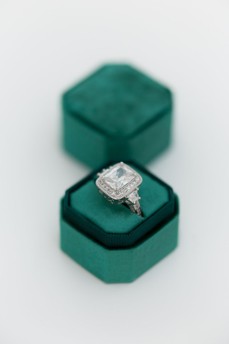 Bark-and-Berry-Petite-Emerald-octagon-vintage-wedding-embossed-individual-monogram-velvet-ring-box-001