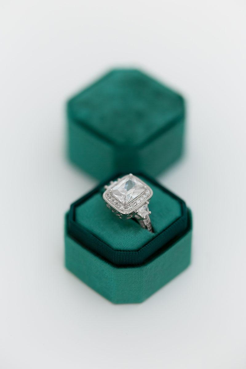 Bark-and-Berry-Petite-Emerald-octagon-vintage-wedding-embossed-individual-monogram-velvet-ring-box-001