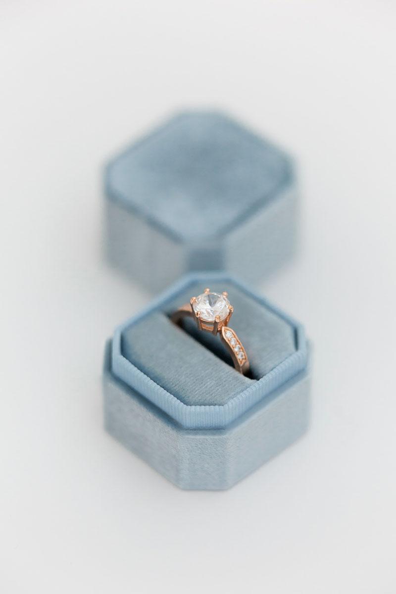 Bark-and-Berry-Petite-Lake-octagon-vintage-wedding-embossed-individual-monogram-velvet-ring-box-001