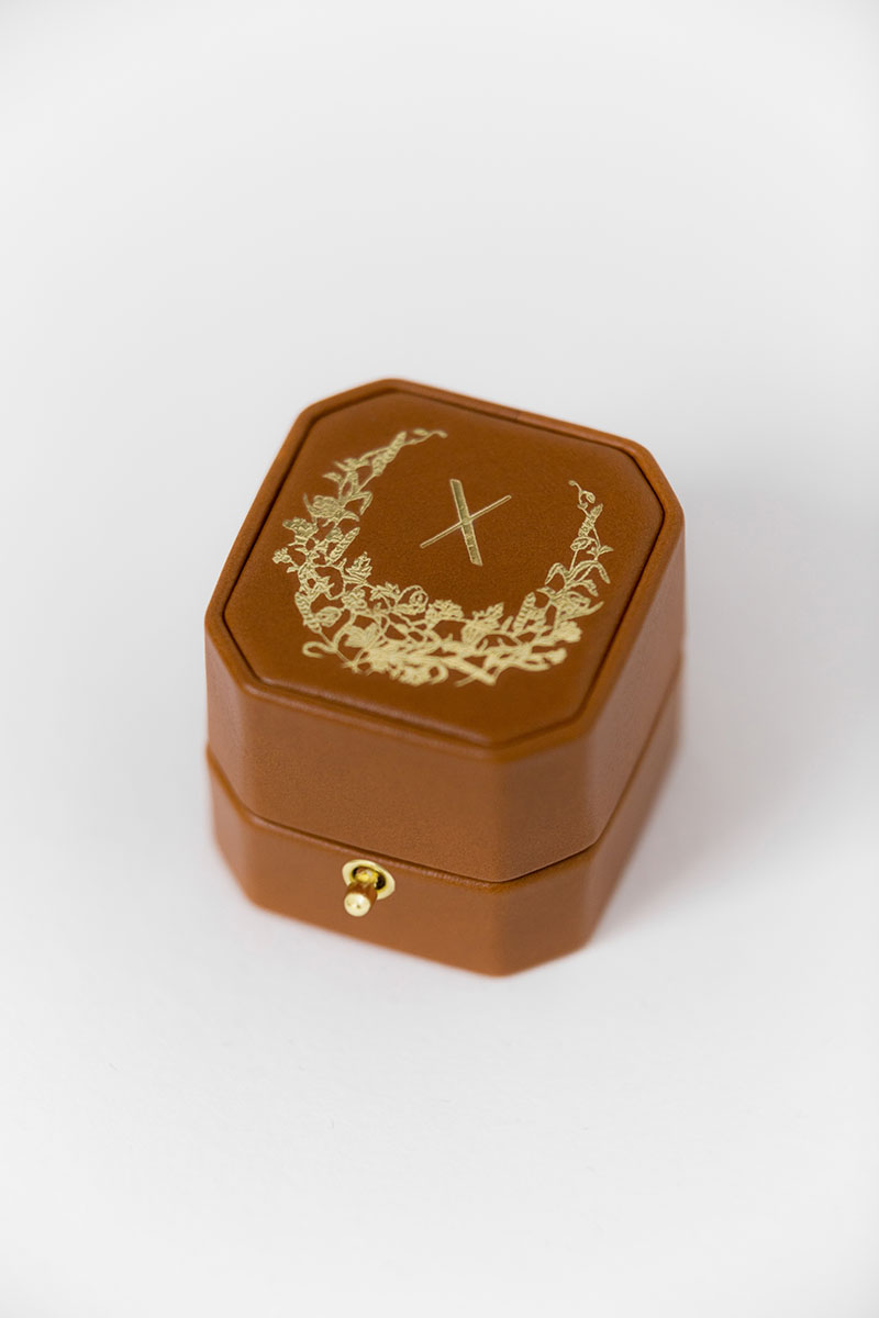 Bark-and-Berry-Grand-Alix-octagon-lock-vintage-wedding-embossed-individual-monogram-velvet-leather-heirloom-ring-box-001