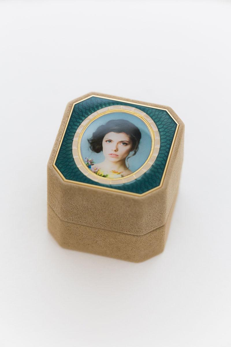 Bark-and-Berry-Grand-Beatrice-octagon-vintage-wedding-embossed-individual-monogram-velvet-suede-ring-box-photo-enamel-guilloche-002