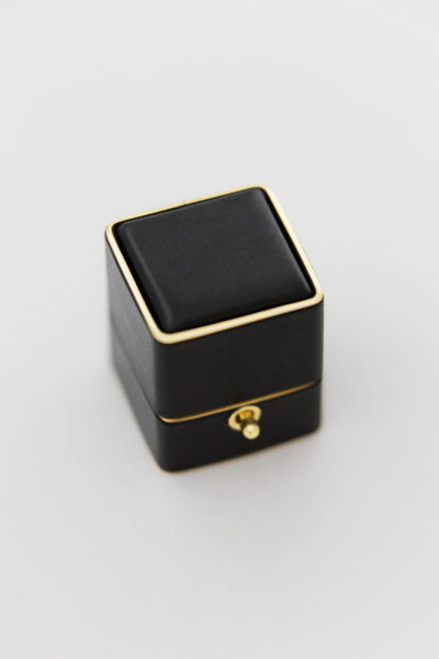 Loop and Lock Petite Ring Boxes
