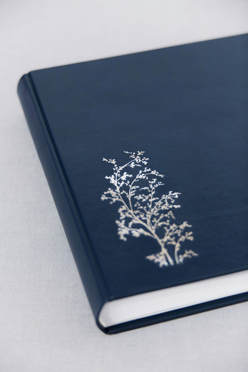 Bark-and-Berry-Nicholas-vintage-leather-wedding-embossed-monogram-guest-book-photoalbum-24x24cm-silver-bamboo-cover