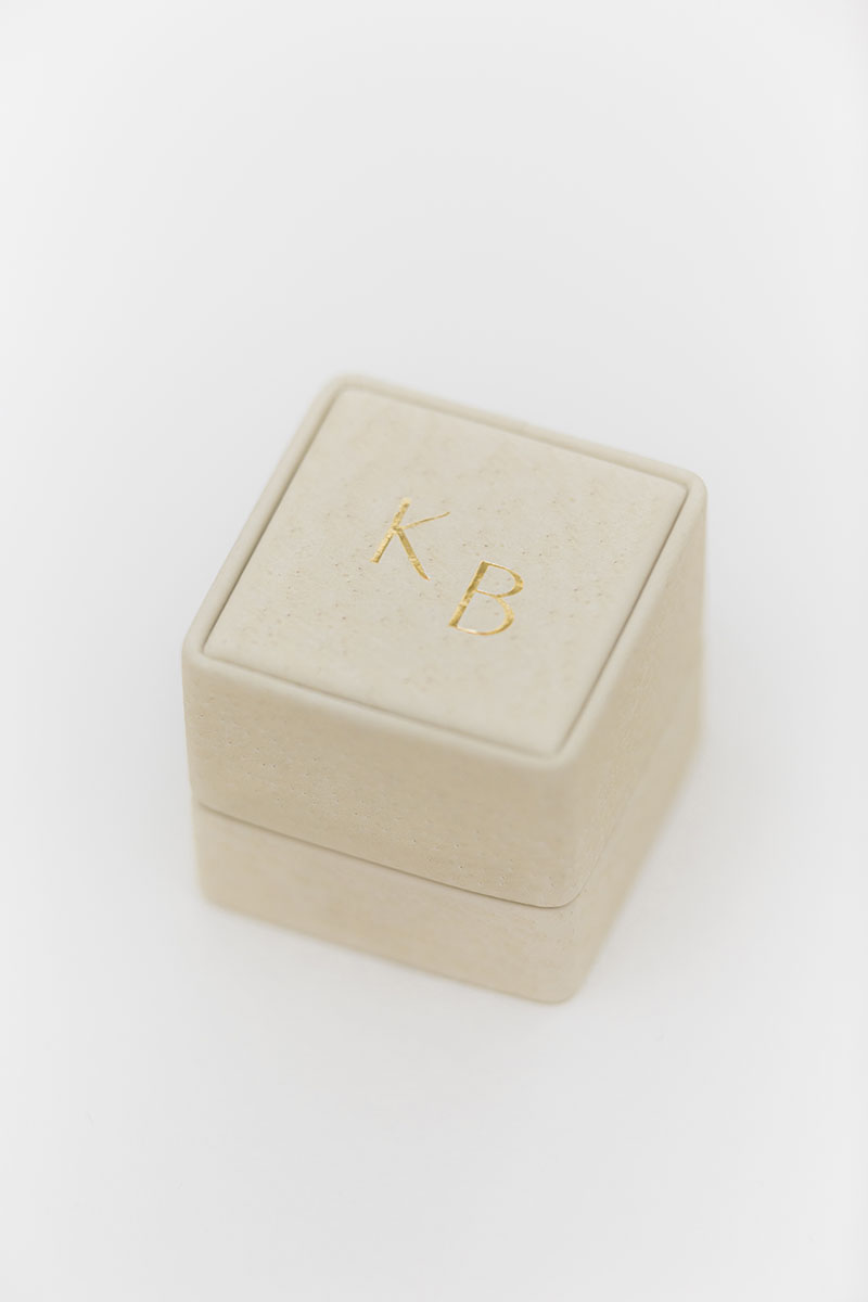 Bark-and-Berry-Grand-Anne-classic-vintage-wedding-embossed-individual-monogram-leather-velvet-ring-box-001