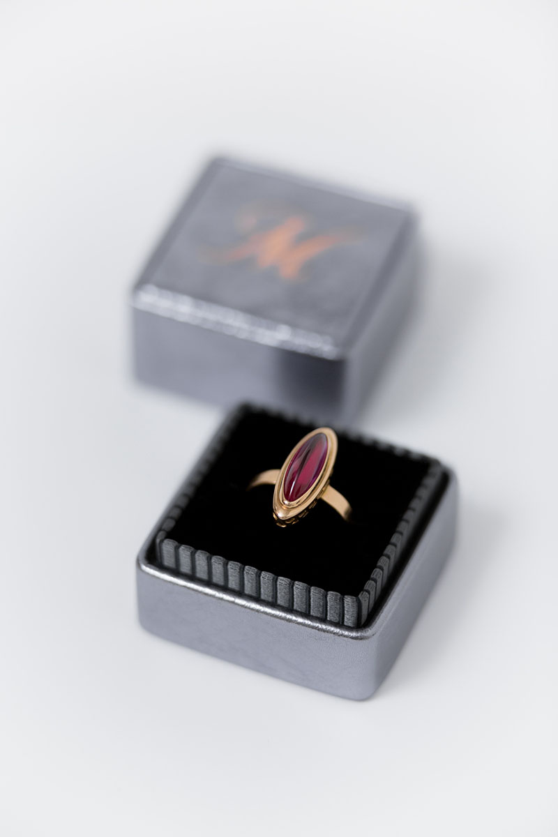 Bark-and-Berry-Grand-Antique-Silver-classic-vintage-wedding-embossed-individual-monogram-leather-velvet-ring-box-002