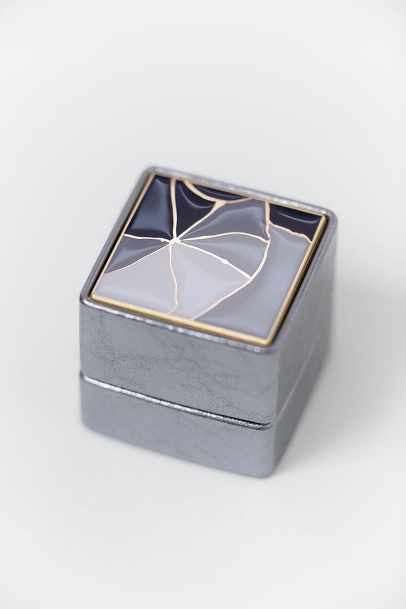 Bark-and-Berry-Grand-Antique-Silver-classic-vintage-wedding-embossed-individual-monogram-leather-velvet-ring-box-enamel-kintsugi-002