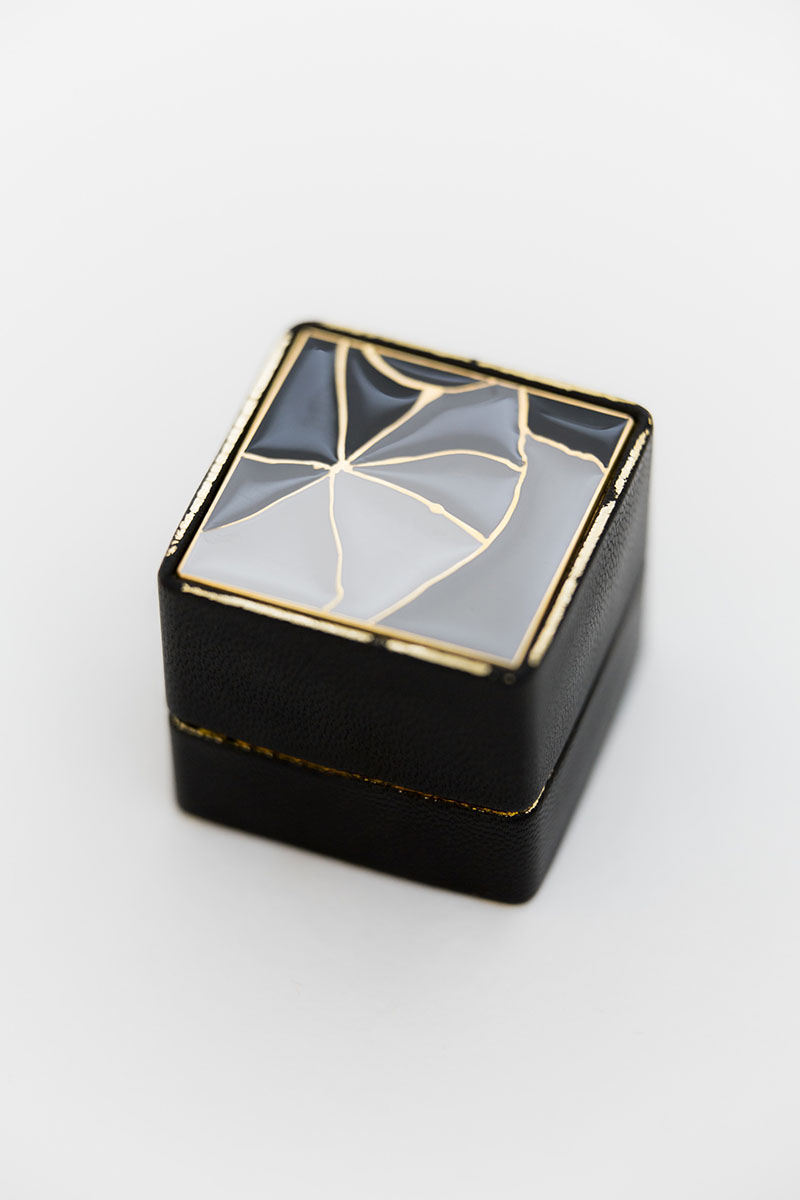 Bark-and-Berry-Grand-Edge-Francis-classic-vintage-wedding-embossed-individual-monogram-leather-velvet-ring-box-enamel-kintsugi-001