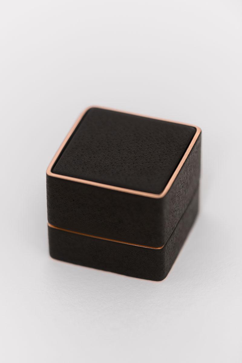 Bark-and-Berry-Grand-Ludovic-vintage-wedding-embossed-edge-monogram-leather-velvet-rose-gold-foil-ring-box-001
