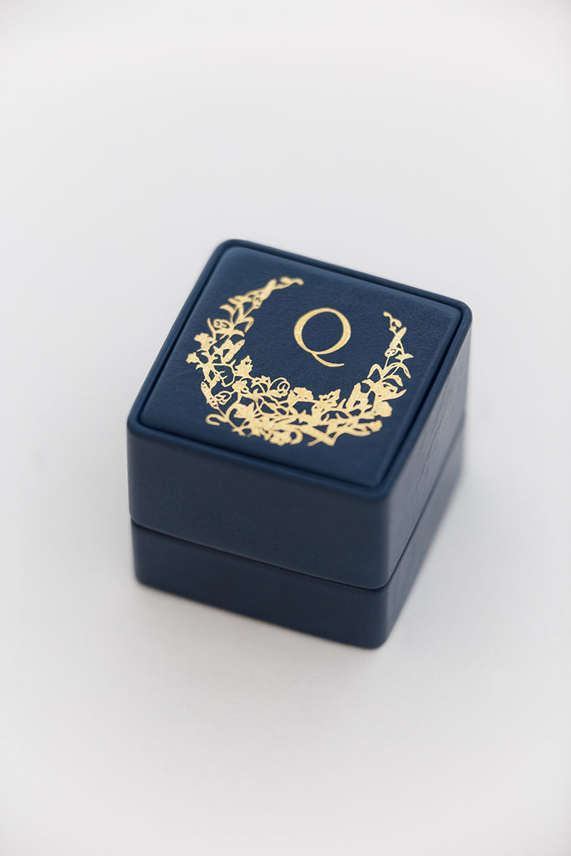 Bark-and-Berry-Grand-Nicholas-classic-vintage-wedding-embossed-individual-monogram-leather-velvet-ring-box-004