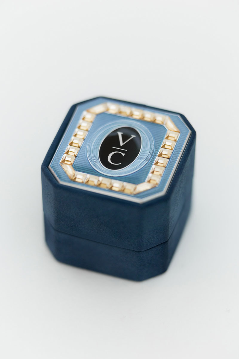 Bark-and-Berry-Grand-Nicholas-octagon-vintage-wedding-embossed-double-monogram-suede-velvet-ring-box-enamel-guilloche-swarovski-001