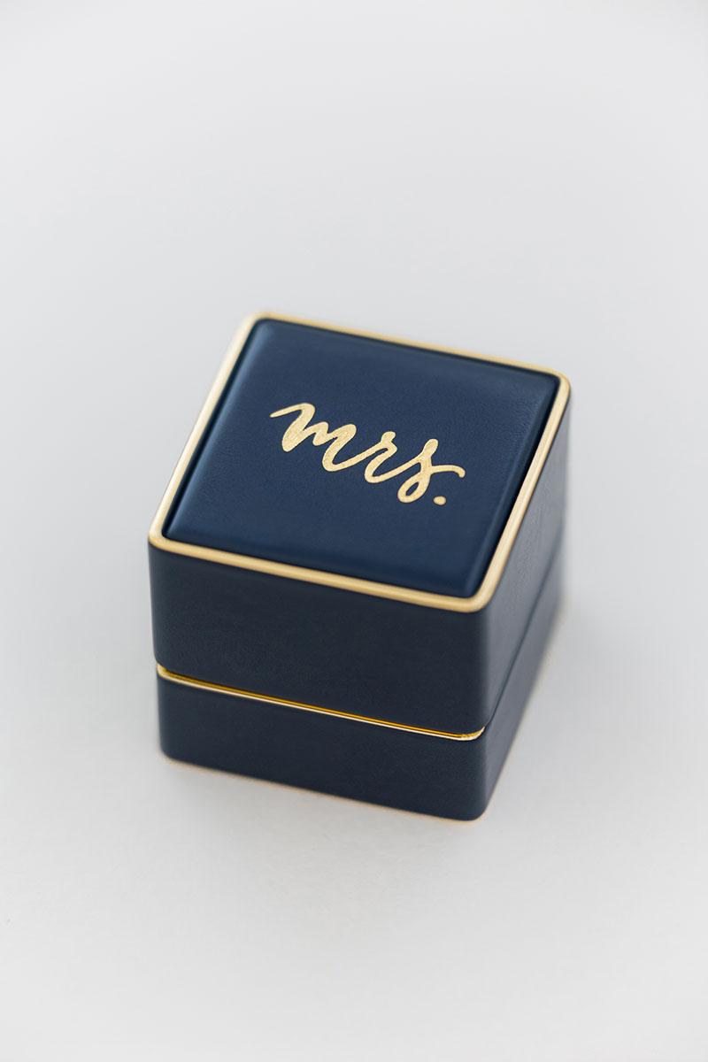 Bark-and-Berry-Grand-Nicholas-vintage-wedding-embossed-edge-monogram-leather-velvet-yellow-gold-foil-mrs-ring-box-001