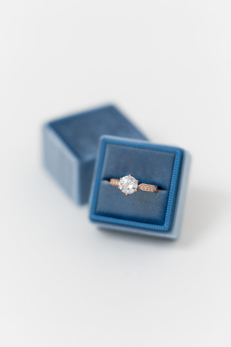 Bark-and-Berry-Petite-Parisian-classic-single-double-slot-vintage-wedding-embossed-monogram-velvet-ring-box-001