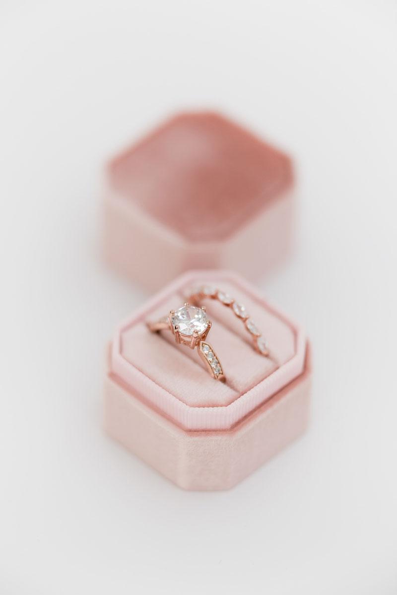 Bark-and-Berry-Petite-Petal-octagon-vintage-wedding-embossed-individual-monogram-velvet-ring-box-001