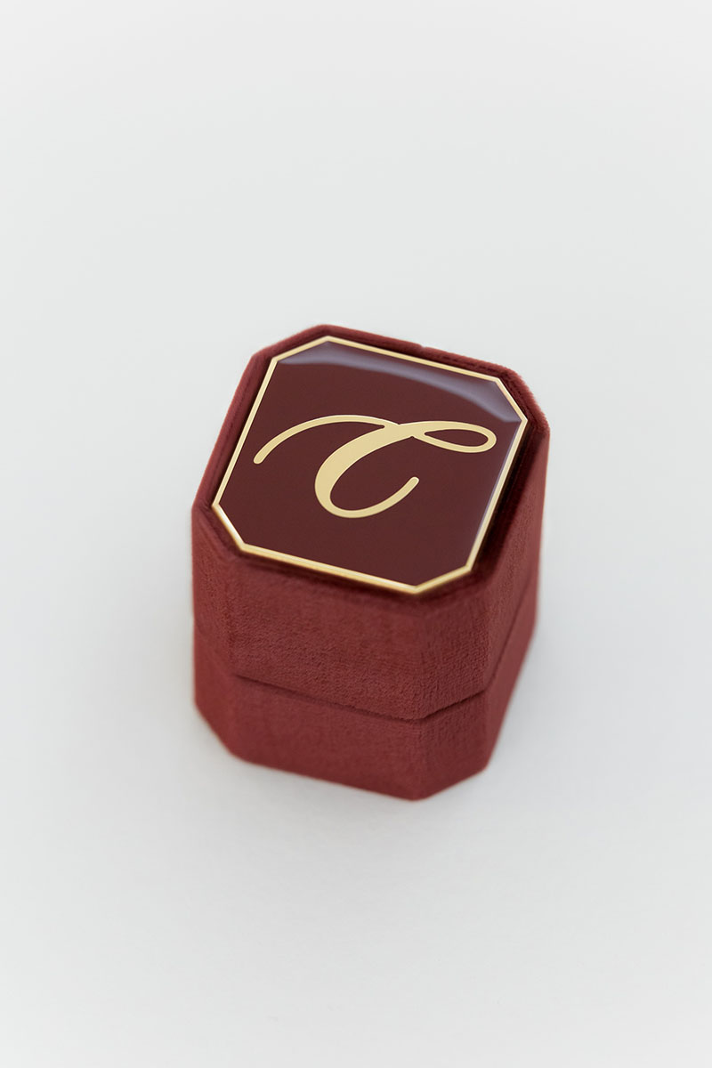 Bark-and-Berry-Petite-Wine-octagon-vintage-wedding-embossed-individual-monogram-velvet-ring-box-enamel-002