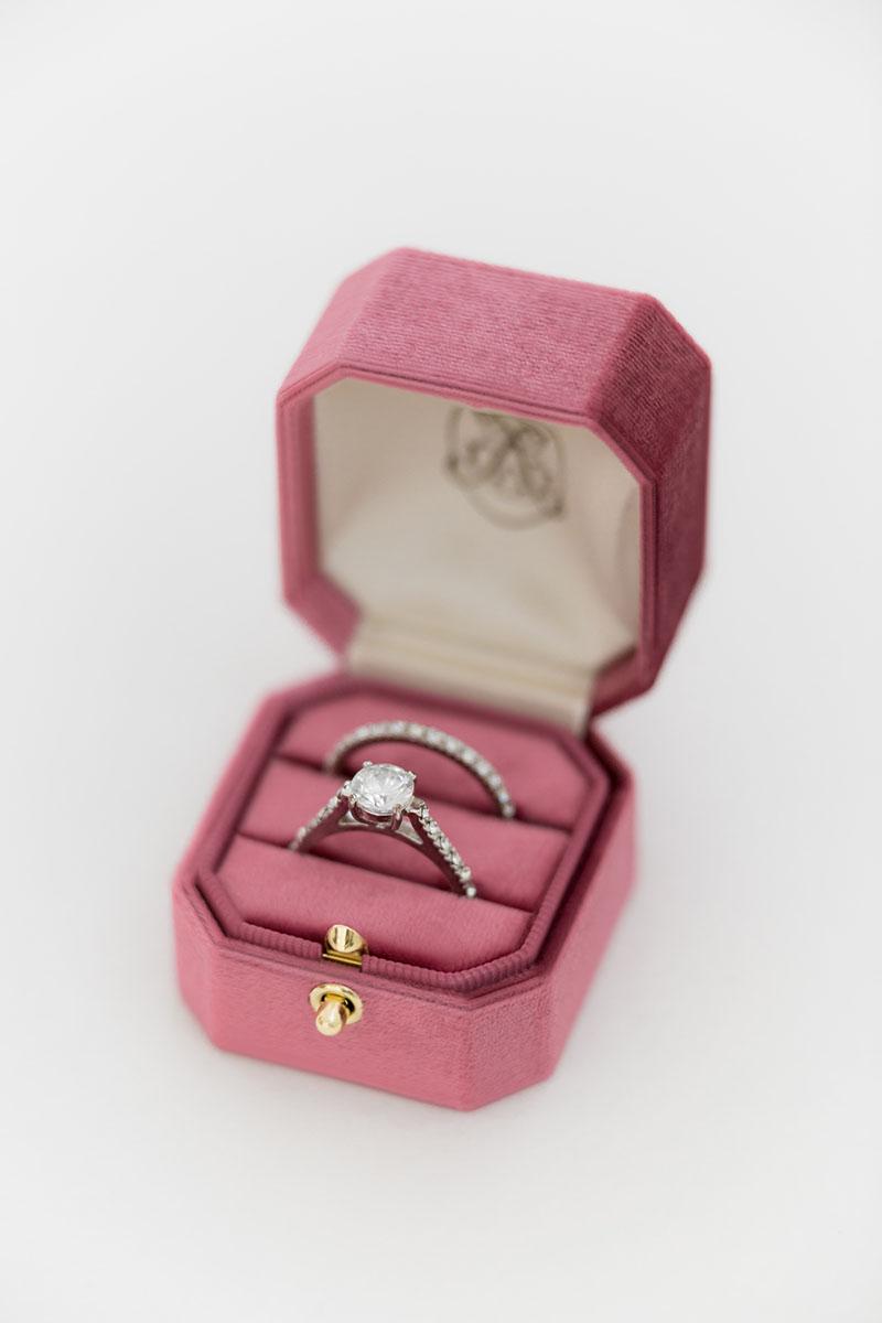 Bark-and-Berry-Grand-Berry-lock-octagon-vintage-wedding-engraved-embossed-individual-monogram-velvet-ring-box-001