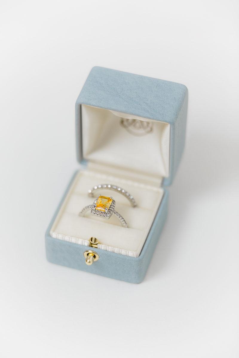 Bark-and-Berry-Grand-Grace-classic-lock-vintage-wedding-embossed-monogram-velvet-leather-double-single-slot-ring-box-001
