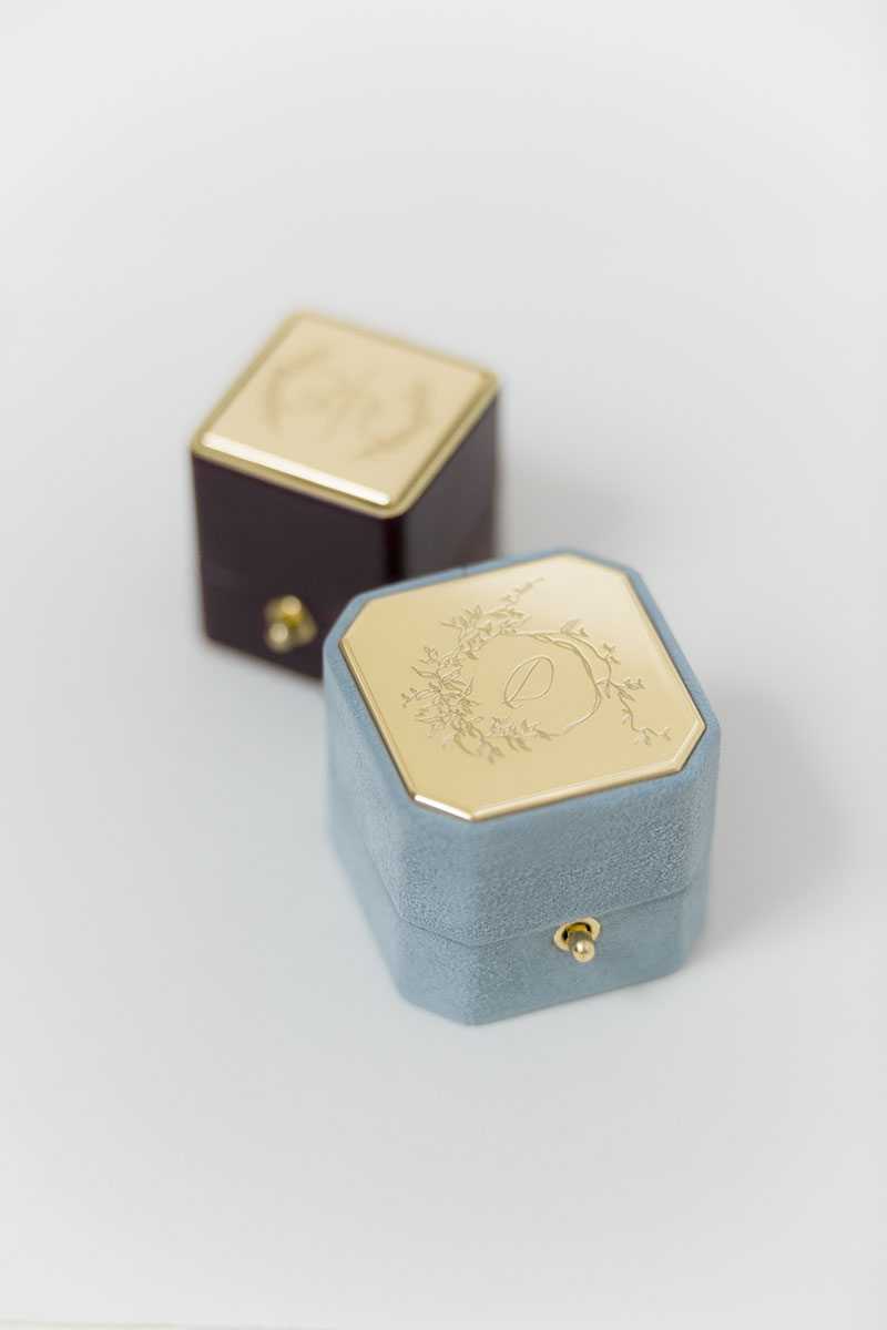 Bark-and-Berry-Grand-Grace-octagon-Petite-Isabella-classic-lock-vintage-wedding-embossed-engraved-individual-monogram-velvet-suede-leather-ring-box-001