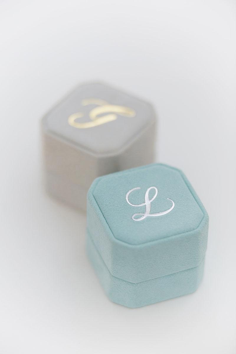 Bark-and-Berry-Grand-Lagune-Cloud-octagon-vintage-wedding-embossed-individual-monogram-velvet-suede-ring-box-001