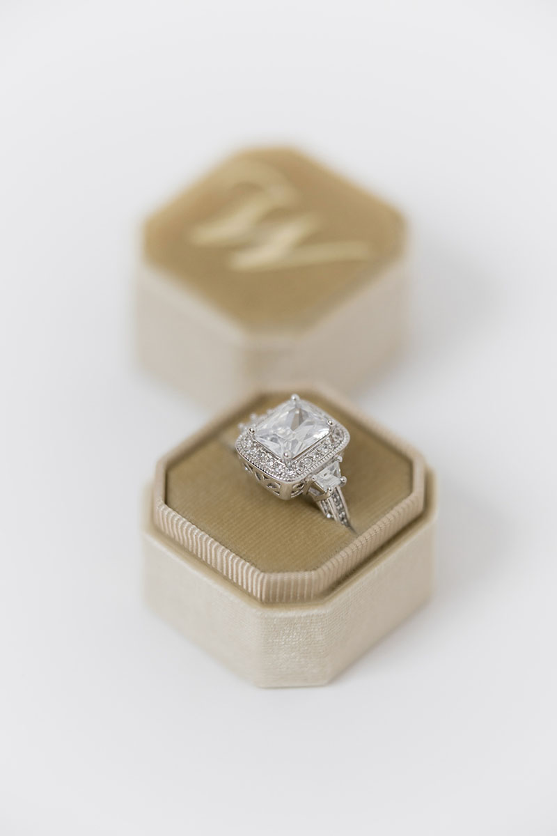 Bark-and-Berry-Petite-Beige-octagon-vintage-wedding-embossed-individual-monogram-velvet-ring-box-001