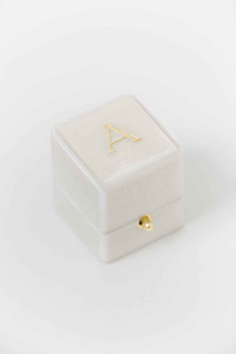 Bark-and-Berry-Petite-Ivory-classic-lock-vintage-wedding-embossed-engraved-enameled-monogram-velvet-ring-box-002