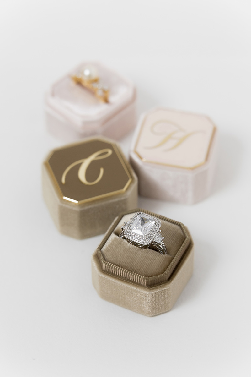 Bark-and-Berry-Petite-Taupe-Blush-octagon-vintage-wedding-embossed-engraved-enameled-individual-monogram-velvet-ring-box-001