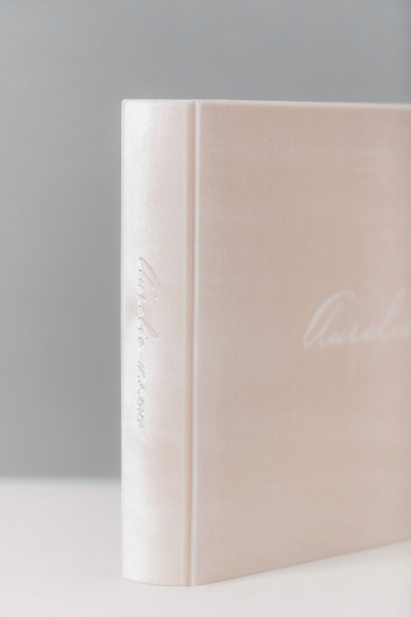 Bark-and-Berry-Blush-vintage-velvet-wedding-embossed-monogram-guest-book-photoalbum-33x27-003