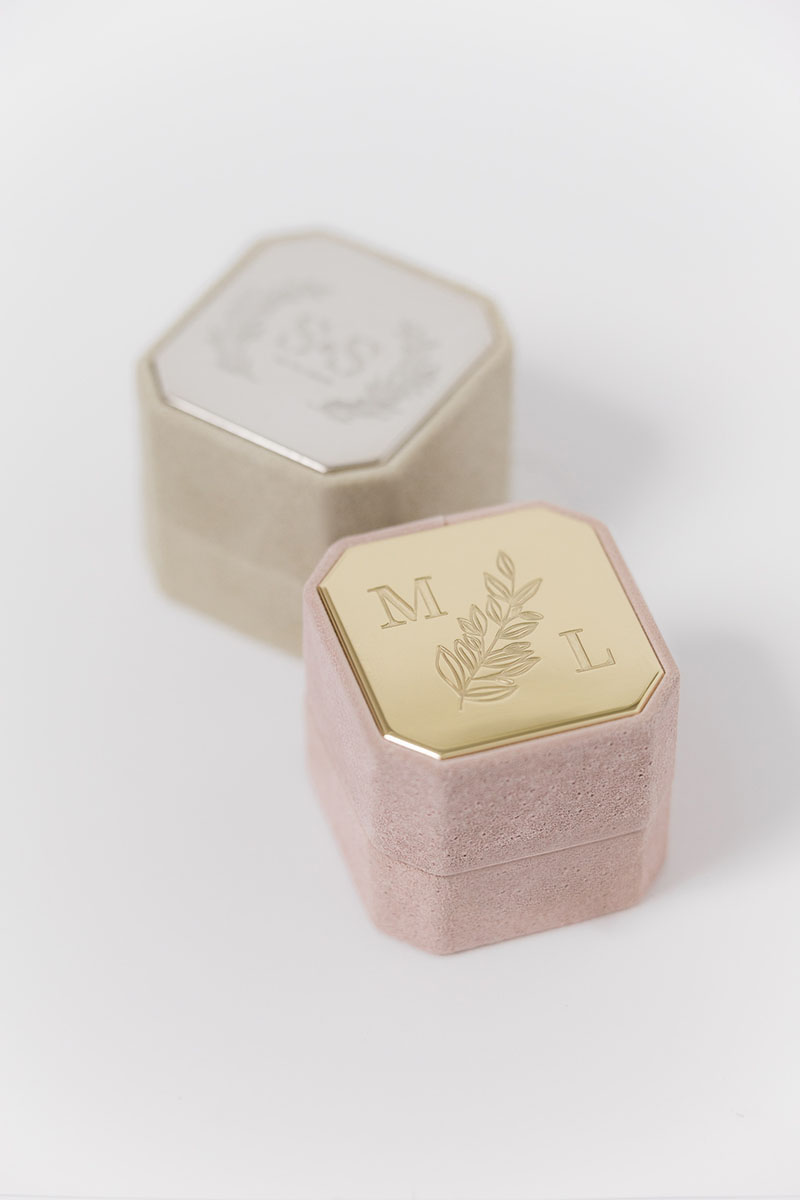 Bark-and-Berry-Grand-Diana-Anne-octagon-vintage-wedding-embossed-engraved-enameled-individual-monogram-velvet-suede-ring-box-001