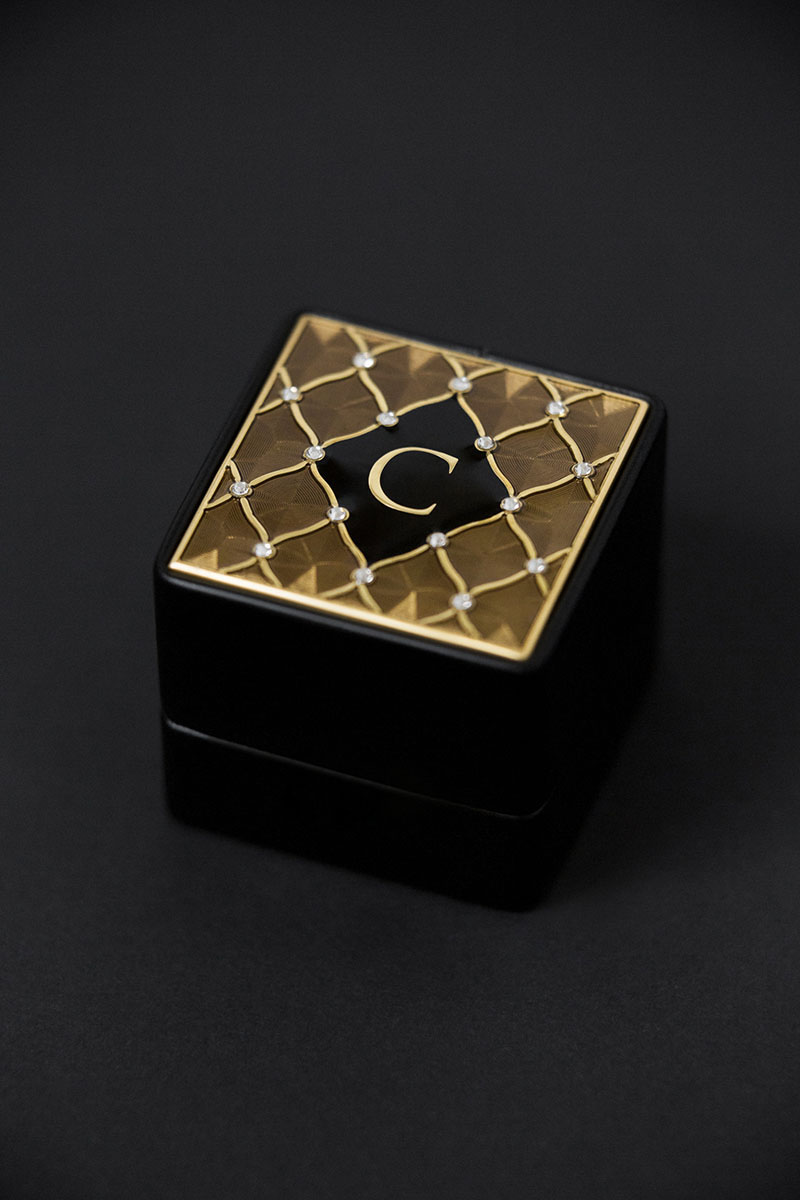 Bark-and-Berry-Grand-Ludovic-XIV-classic-vintage-wedding-embossed-engraved-individual-monogram-velvet-leather-ring-box-enamel-guilloche-swarovski-crystals-003