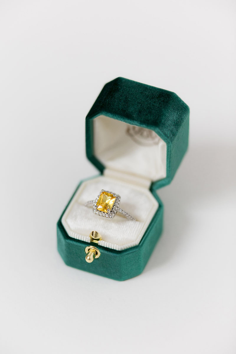 Bark-and-Berry-Petite-Emerald-lock-octagon-vintage-wedding-embossed-engraved-enameled-monogram-velvet-ring-box-001