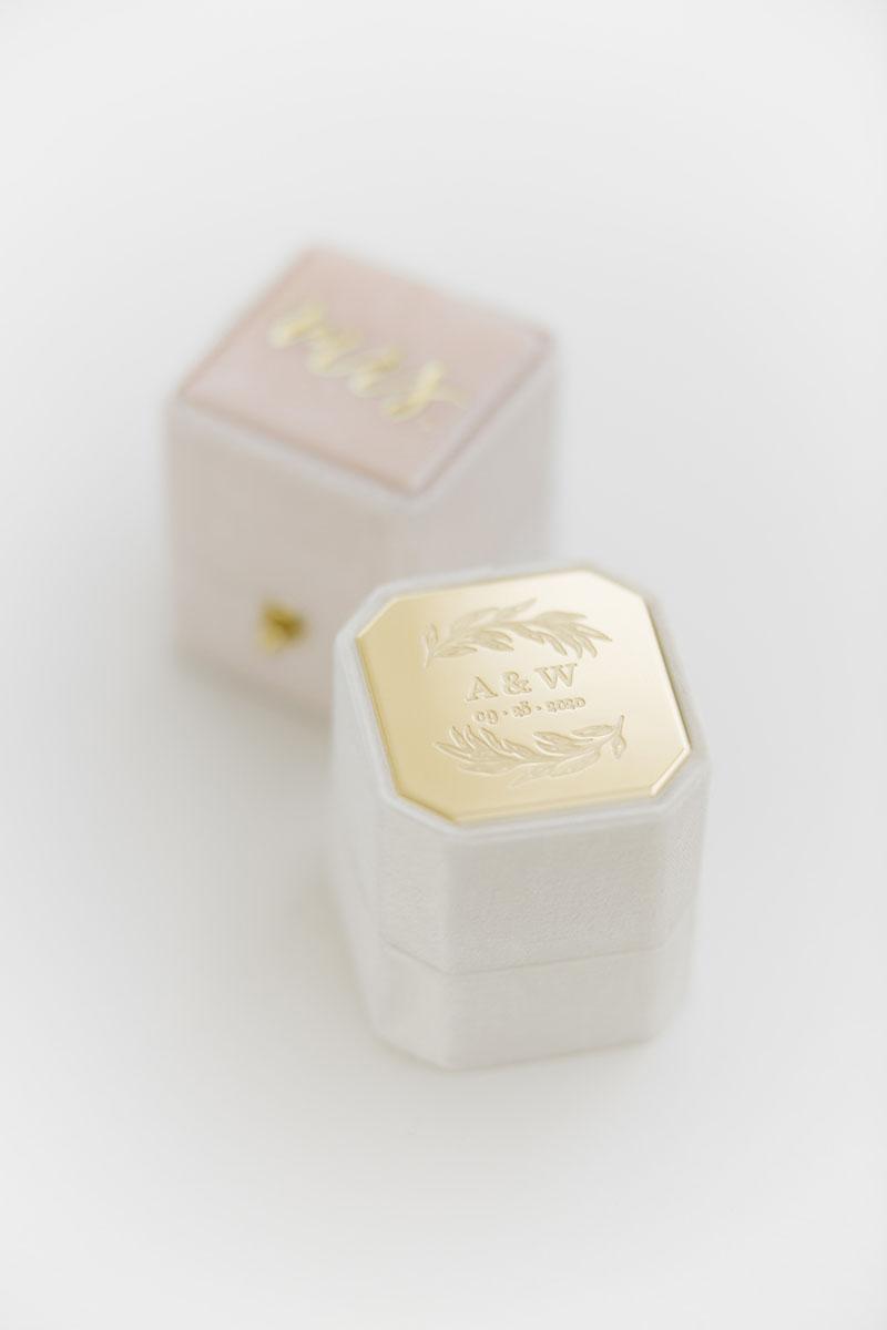 Bark-and-Berry-Petite-Ivory-Blush-octagon-classic-lock-vintage-wedding-embossed-engraved-enameled-individual-monogram-velvet-ring-box-001