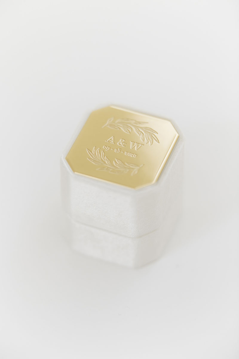 Bark-and-Berry-Petite-Ivory-octagon-vintage-wedding-embossed-engraved-individual-monogram-velvet-ring-box-002