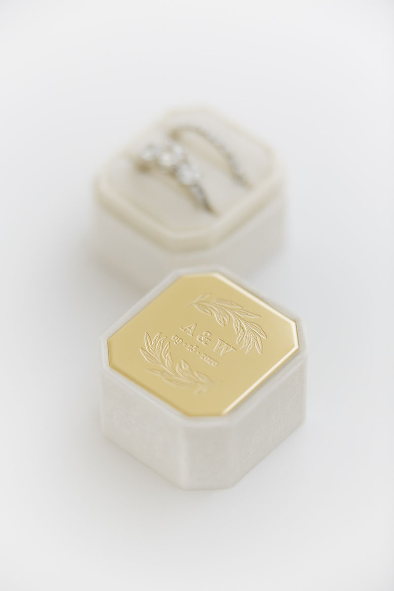 Bark-and-Berry-Petite-Ivory-octagon-vintage-wedding-embossed-engraved-individual-monogram-velvet-ring-box-004