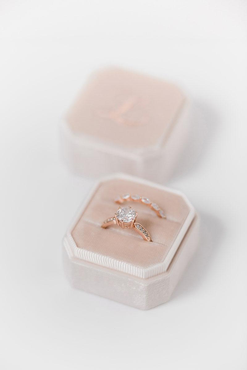 Bark-and-Berry-Grand-Blush-octagon-vintage-wedding-engraved-embossed-enameled-individual-monogram-velvet-ring-box-001