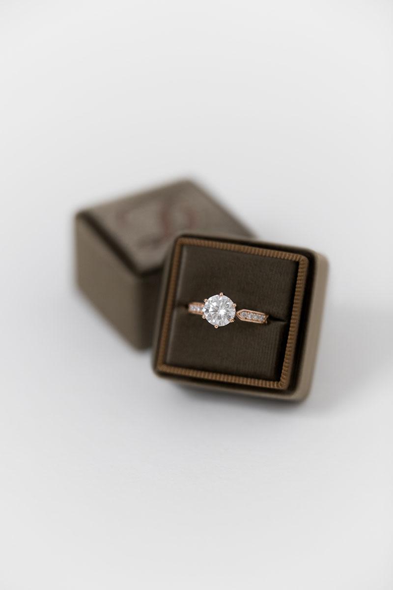 Bark-and-Berry-Petite-Truffle-classic-vintage-wedding-embossed-engraved-enameled-individual-monogram-velvet-ring-box-001