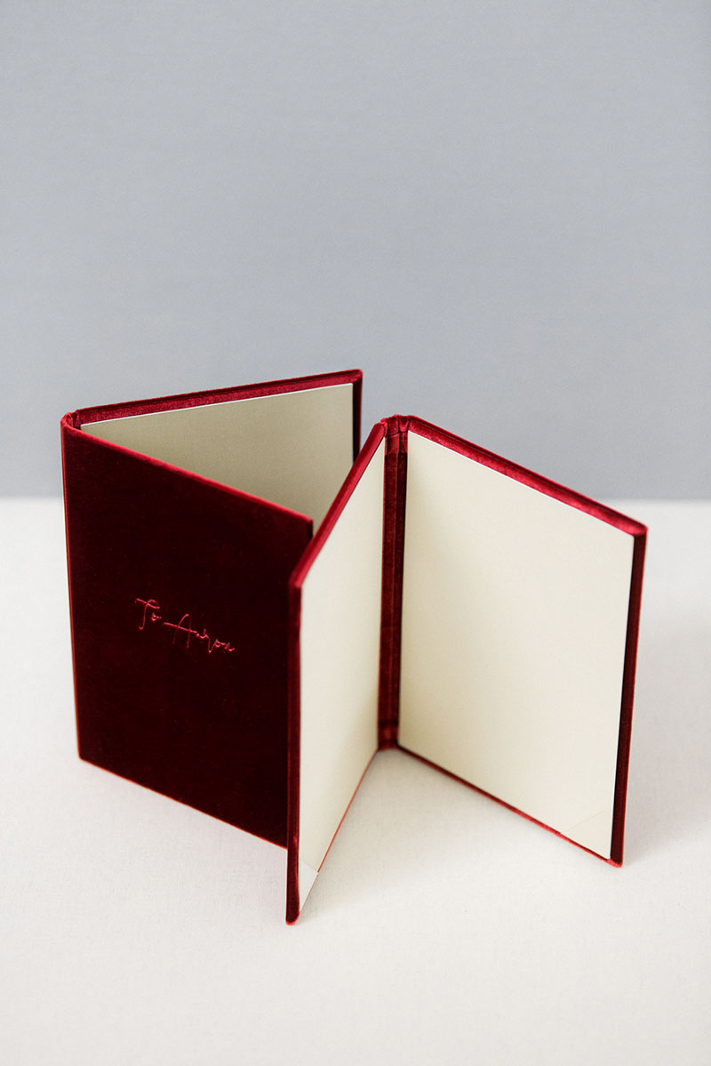 Bark-and-Berry-Garnet-vintage-velvet-wedding-embossed-monogram-vows-folder-book-13x18-004
