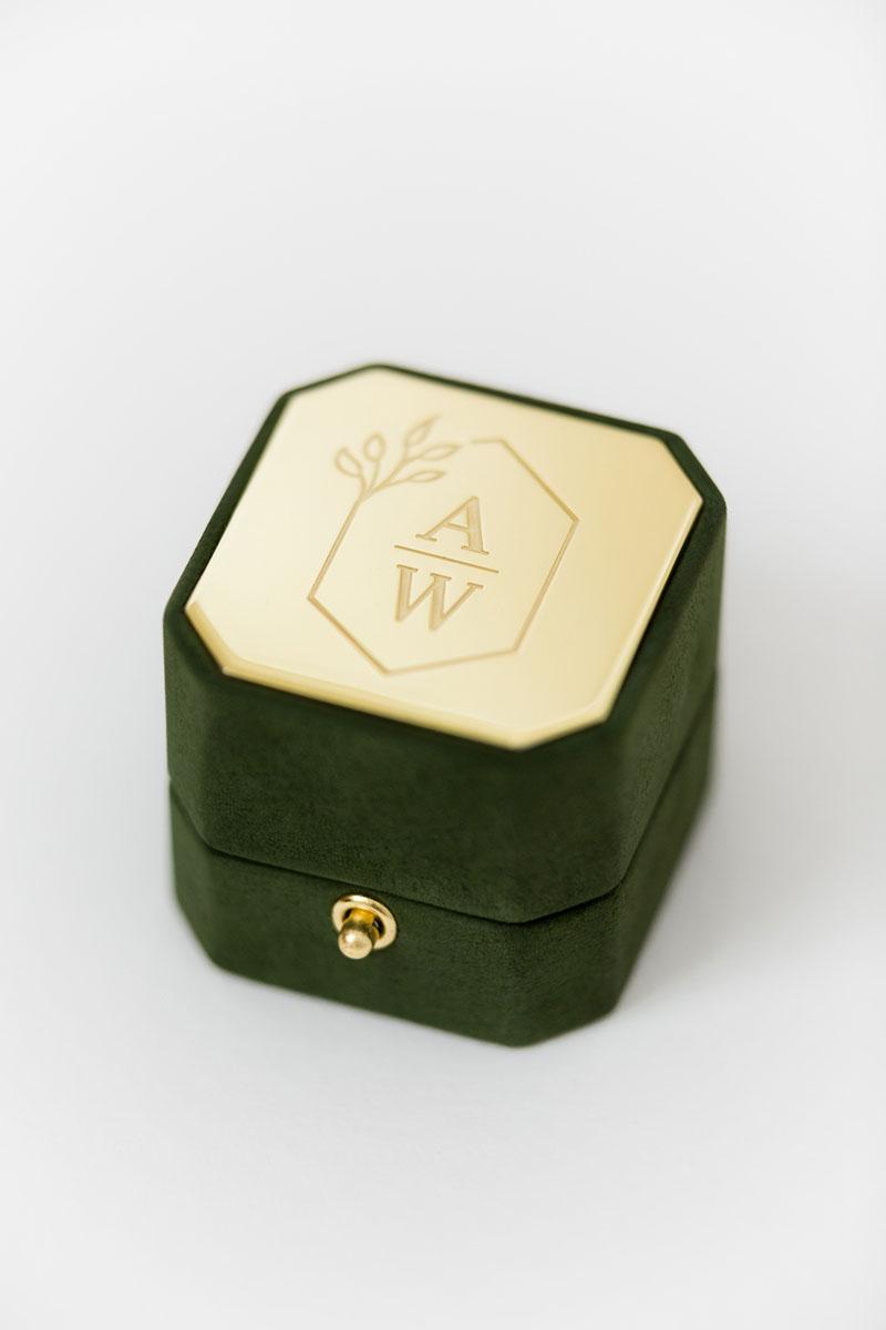Bark-and-Berry-Grand-Charlotte-lock-octagon-vintage-wedding-embossed-engraved-enameled-individual-monogram-suede-velvet-ring-box-003