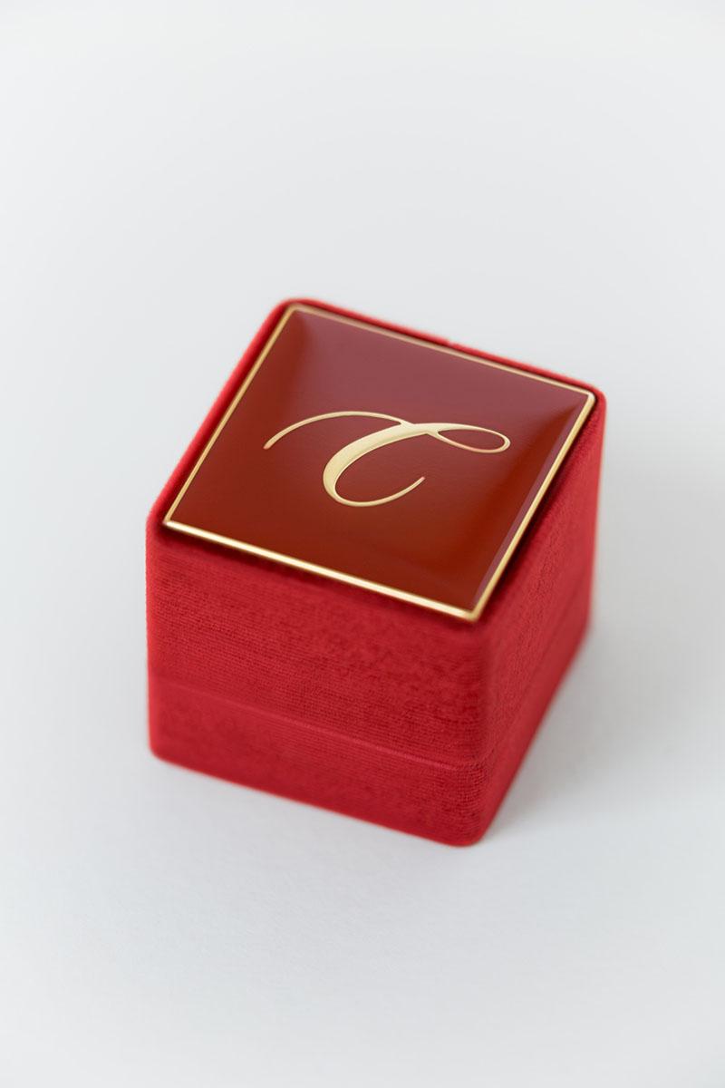Bark-and-Berry-Grand-Garnet-classic-vintage-wedding-engraved-embossed-enameled-individual-monogram-velvet-ring-box-001