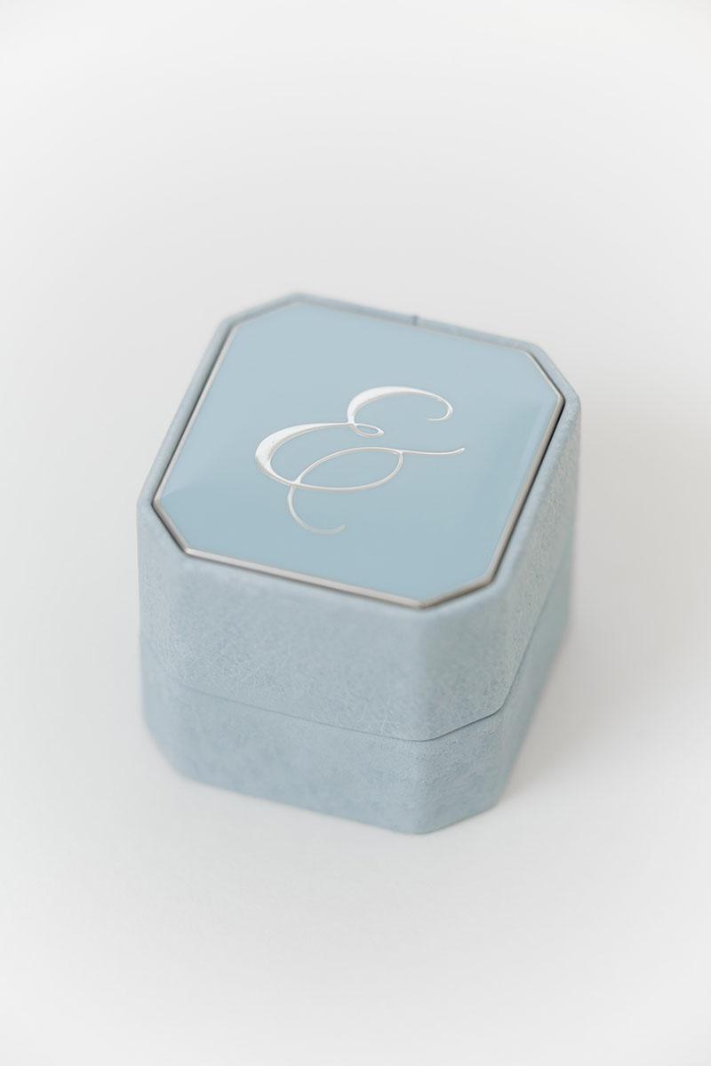 Bark-and-Berry-Grand-Grace-octagon-vintage-wedding-embossed-engraved-enameled-individual-monogram-leather-velvet-ring-box-001